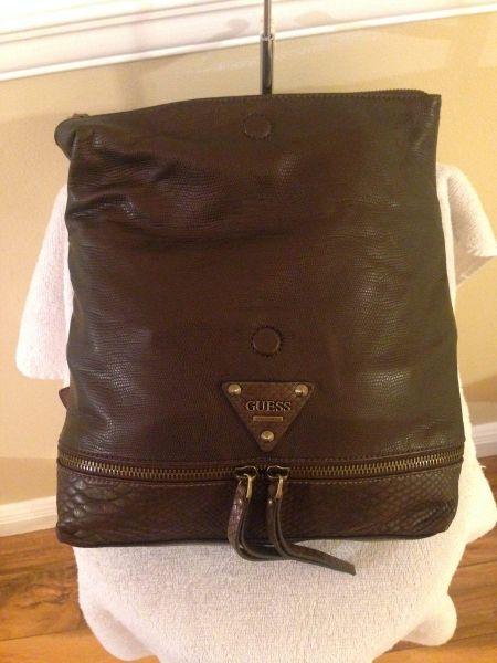 Bolsa Feminina De Couro Guess : Bolsa feminina guess estilo mochila original couro bronze