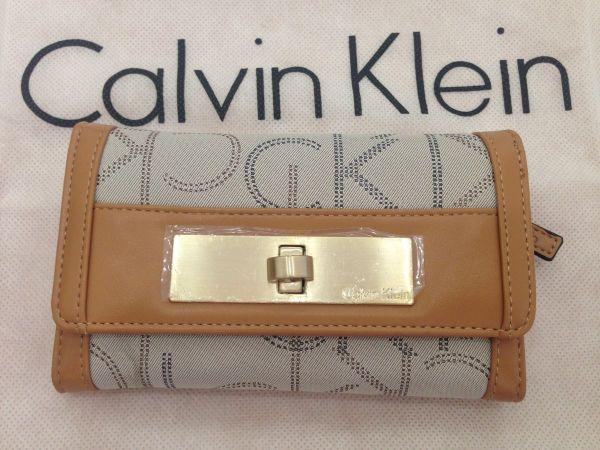 J Carteira Feminina Calvin Klein Bege Original Com Garantia ... 66a32a0209